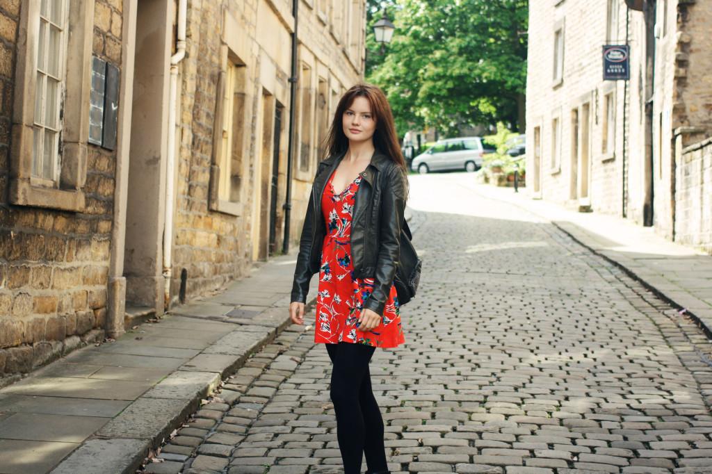 cobbled-street-lancaster-uk