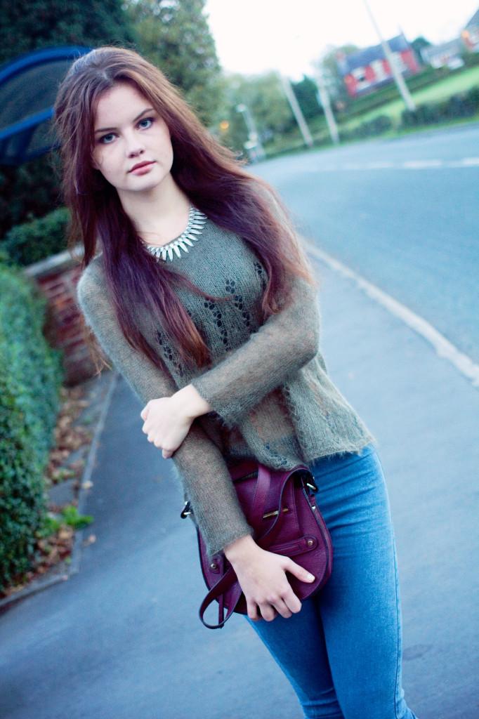 brunette-wearing-mohair-jumper