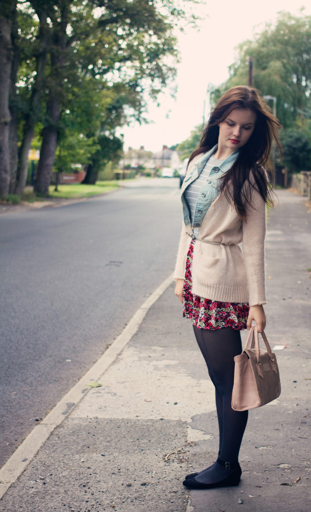 cream-cardigan-ditsy-print-skirt