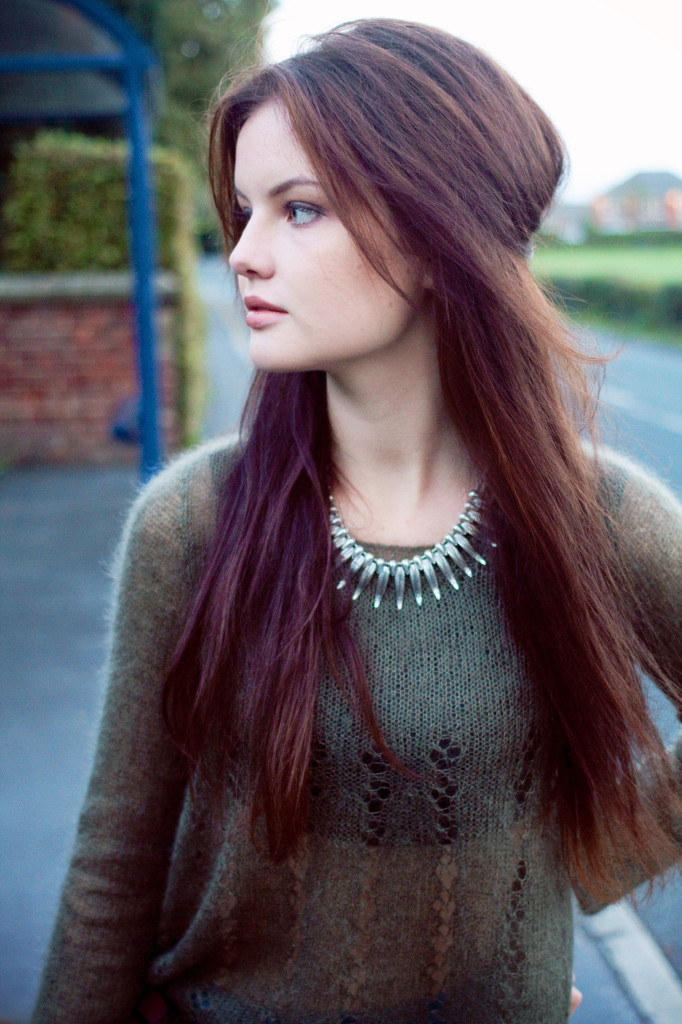 green-mohair-sweater-spiky-necklace