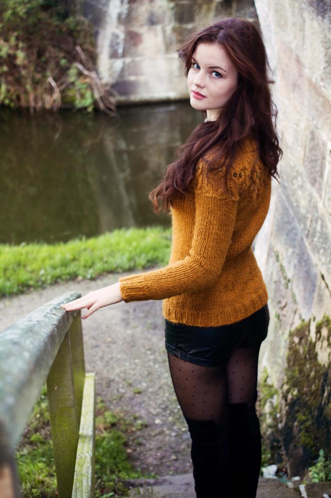 kate-davies-owls-sweater