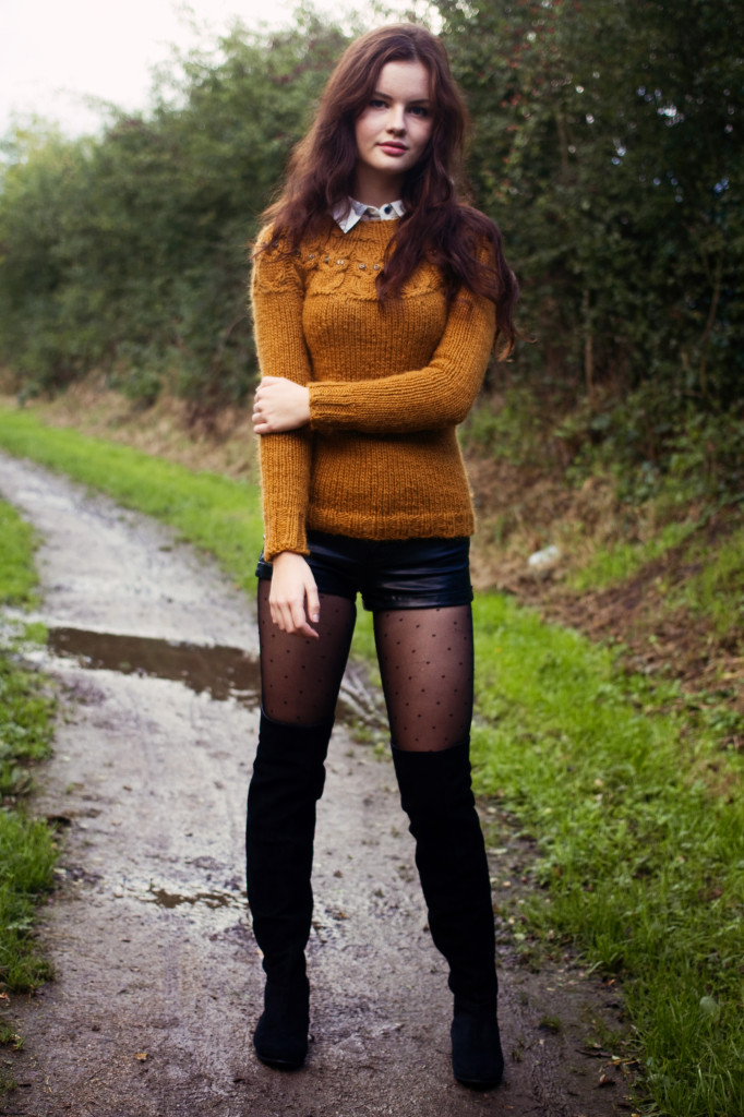 owl-sweater-black-suede-boots