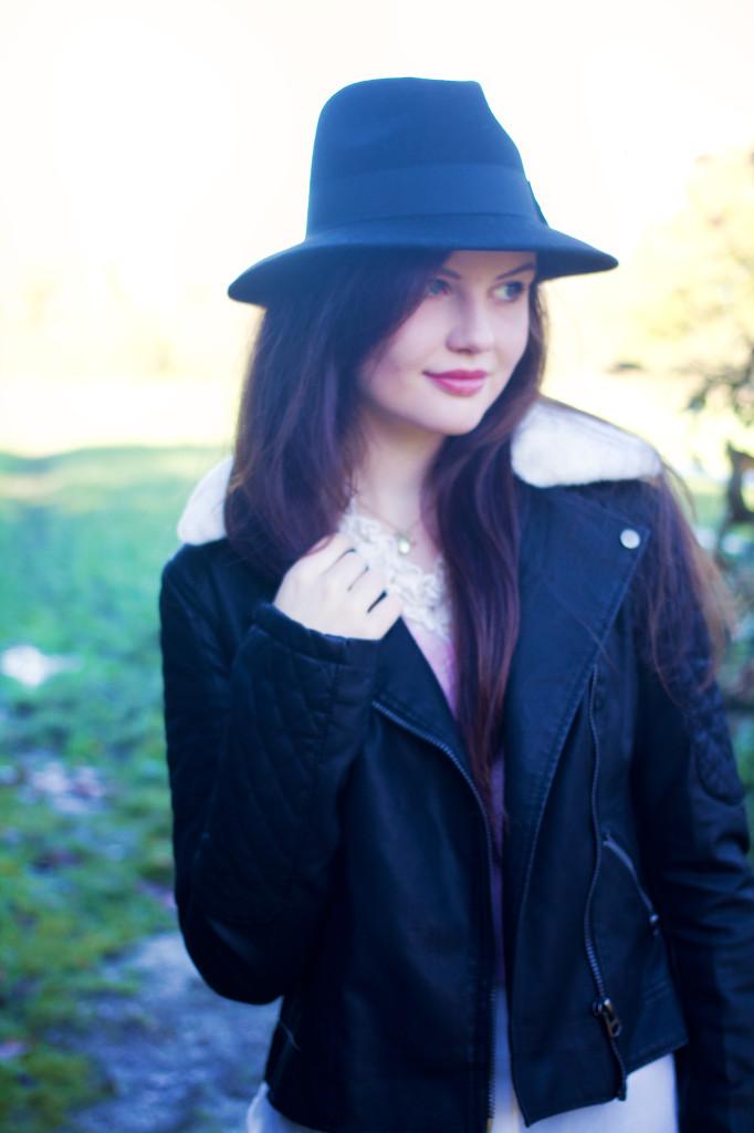 black-fedora-black-jacket