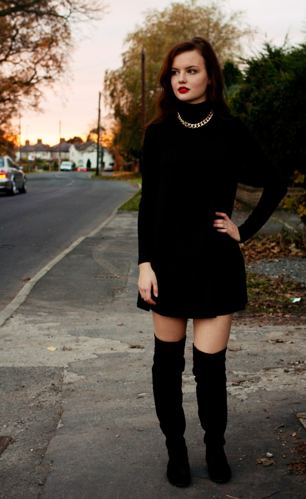 black-swing-dress-and-gold-chain