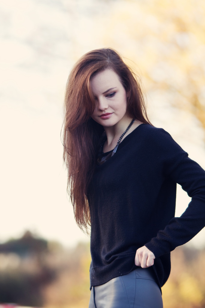 brunette-wearing-black-sweater