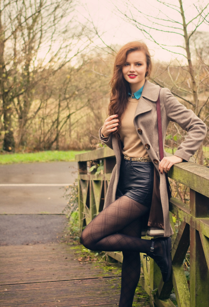 argyle-tights-on-wooden-bridge