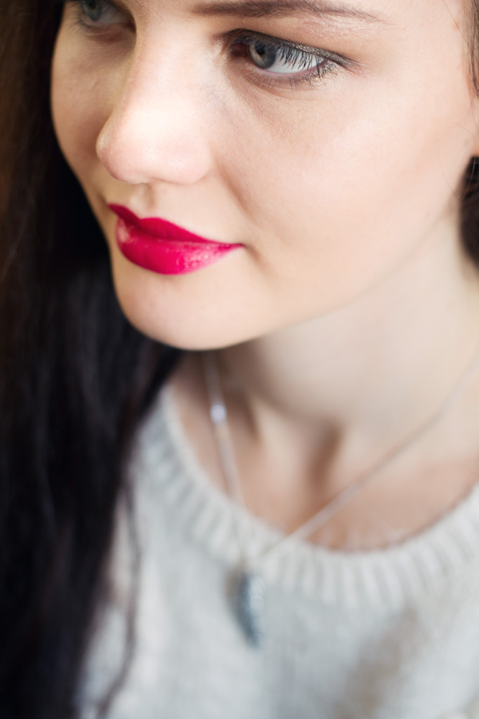 christmas-day-red-lipstick