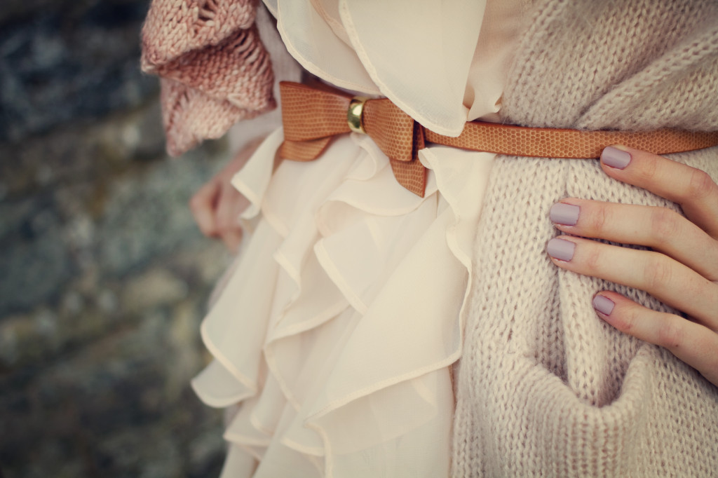 tan-leather-bow-belt