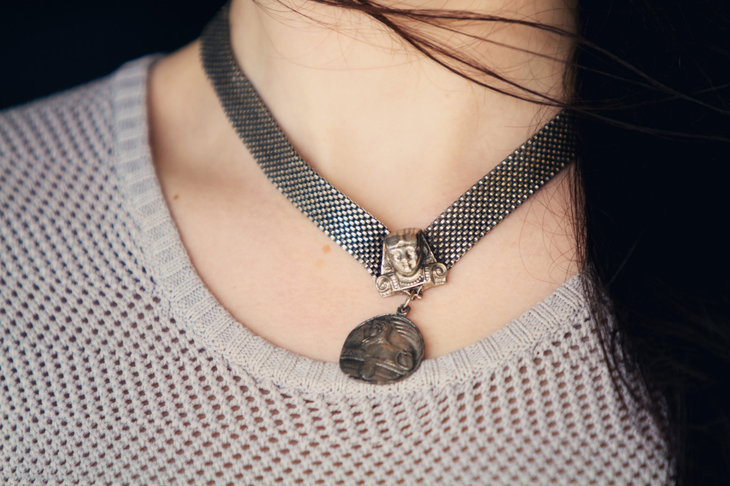 vintage-sphinx-necklace
