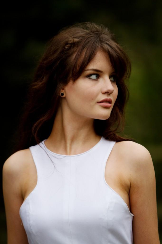 white-cutaway-shoulder-dress