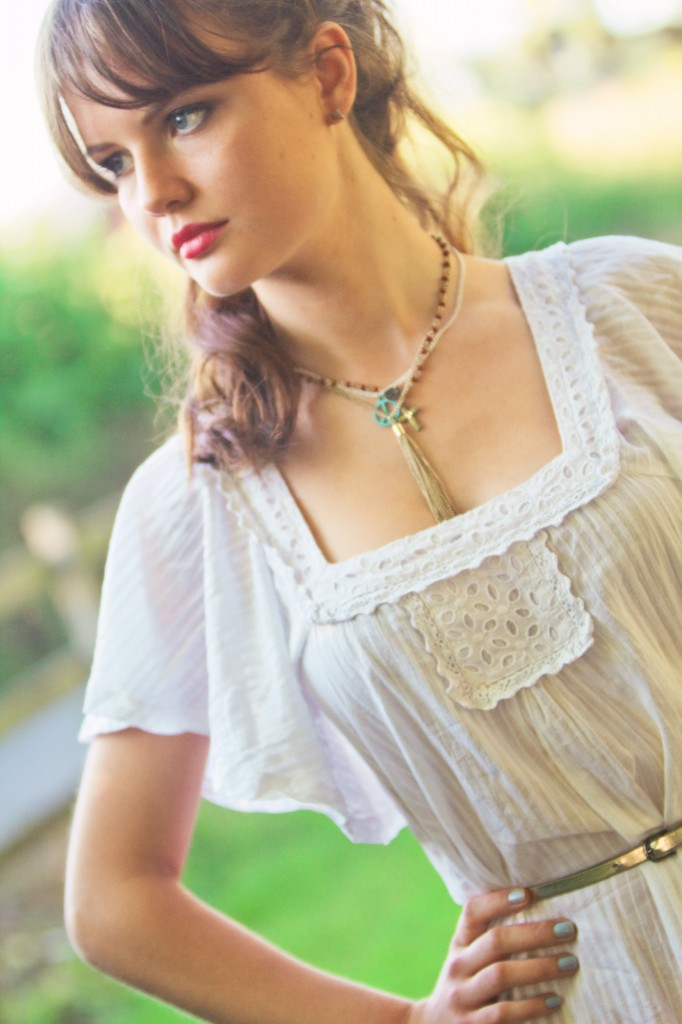 broderie-anglaise-top-boho-necklaces