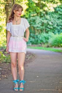 UK teen fashion blogger wearing boho style white minu dress and turquoise espadrilles