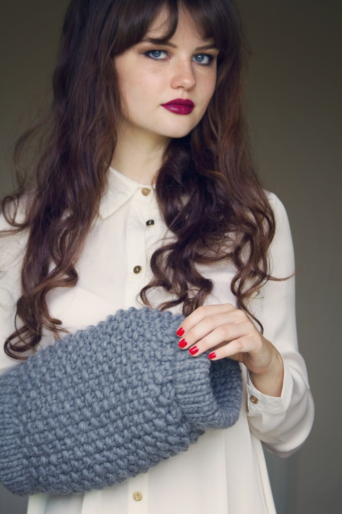 lily-france-wool-and-the-gang-muffler