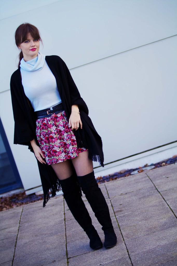 pink-ditsy-print-skirt