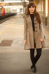 Fitted beige Top Shop coat