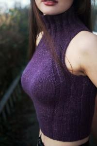 High neck sleeveless handknit sweater