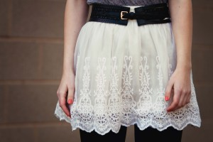 Forever 21 cream lace skirt worn with wide black belt