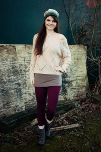 Casual teen outfit in neutral shades