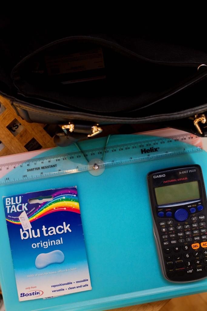 blu-tack-calculator