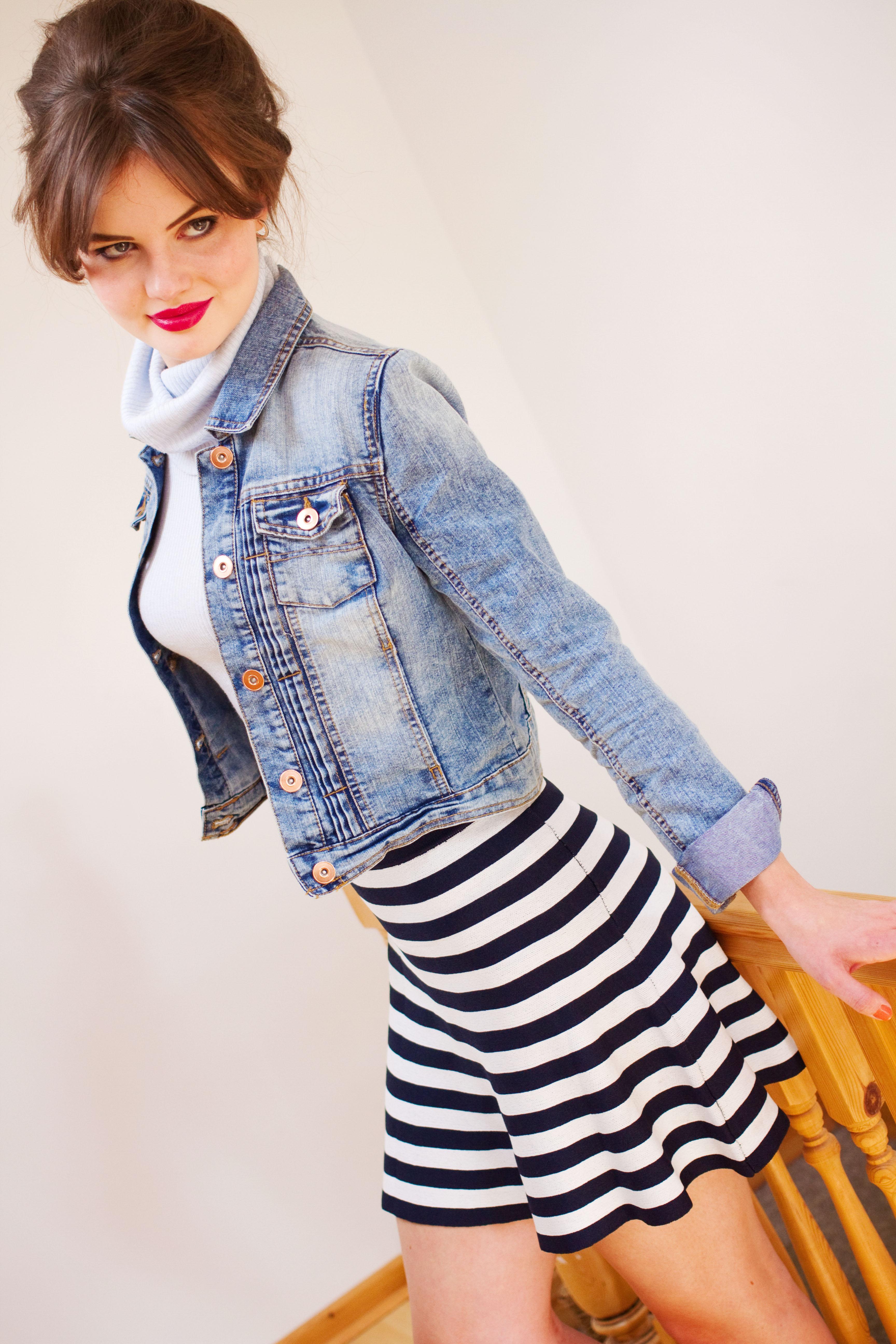Cowl neck River Island Top. Primark striped flippy skirt. Denim jacket