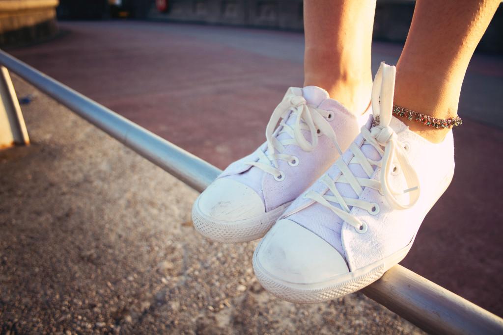 anklet-white-plimsolls