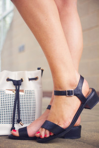 Black simple low heel sandals from New Look