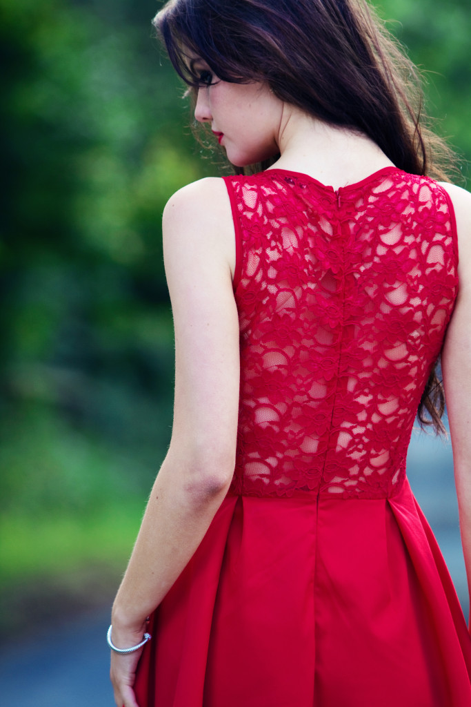 back-detail-on-red-lace-jones-and-jones-midi-dress