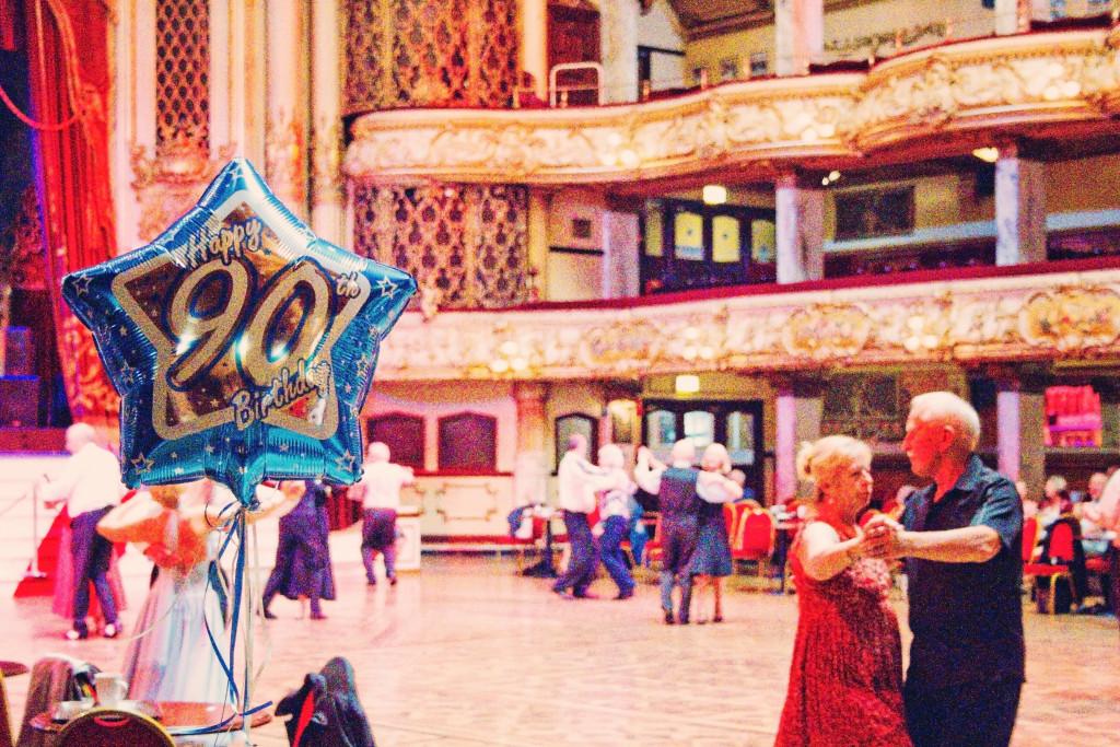 90th-birthday-balloon