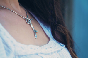 Stunning dragonfly necklace