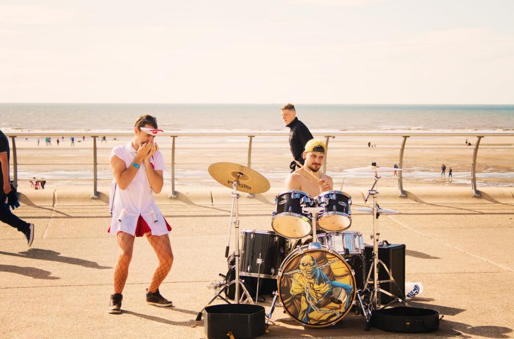 drummers-on-blackpool-prom