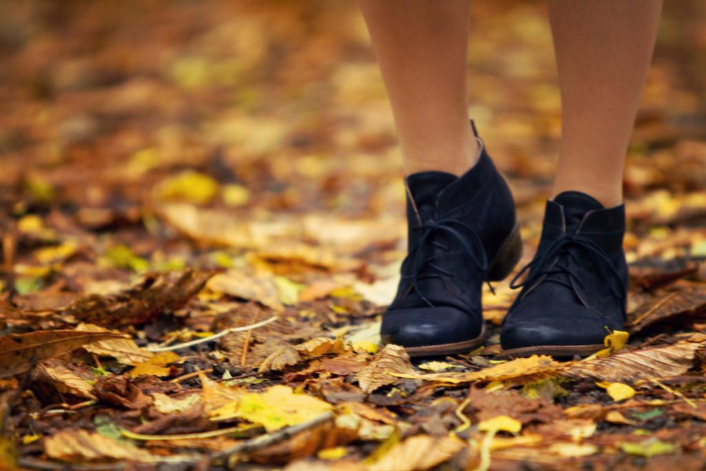 jones-bootmaker-lace-up-boots