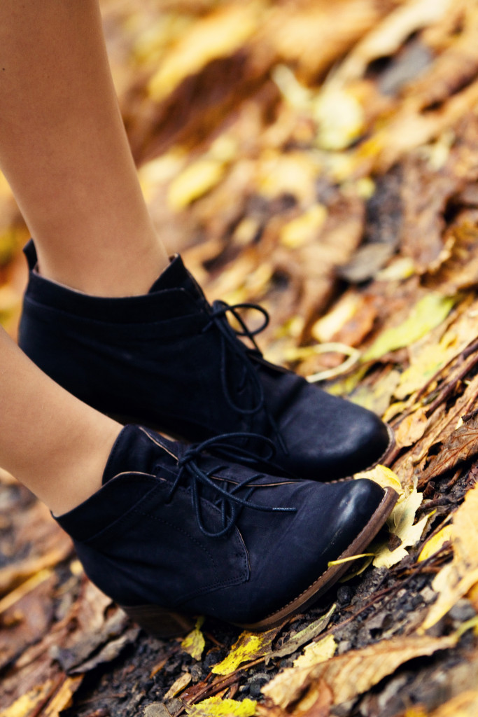 jones-the-bootmaker-ankle-boots