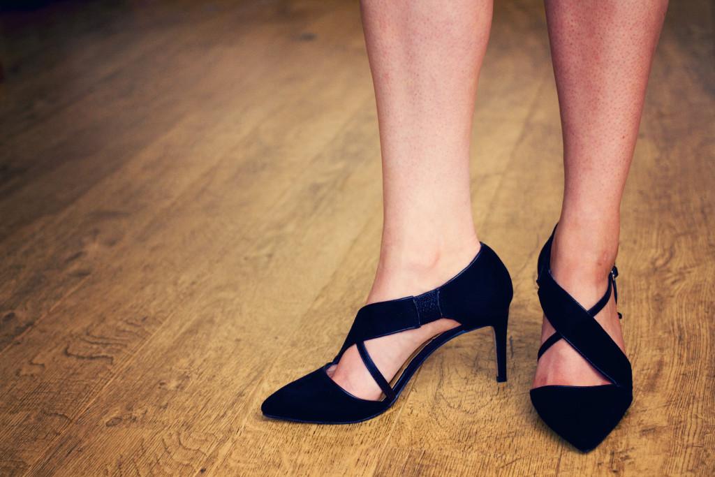 black-suede-heels