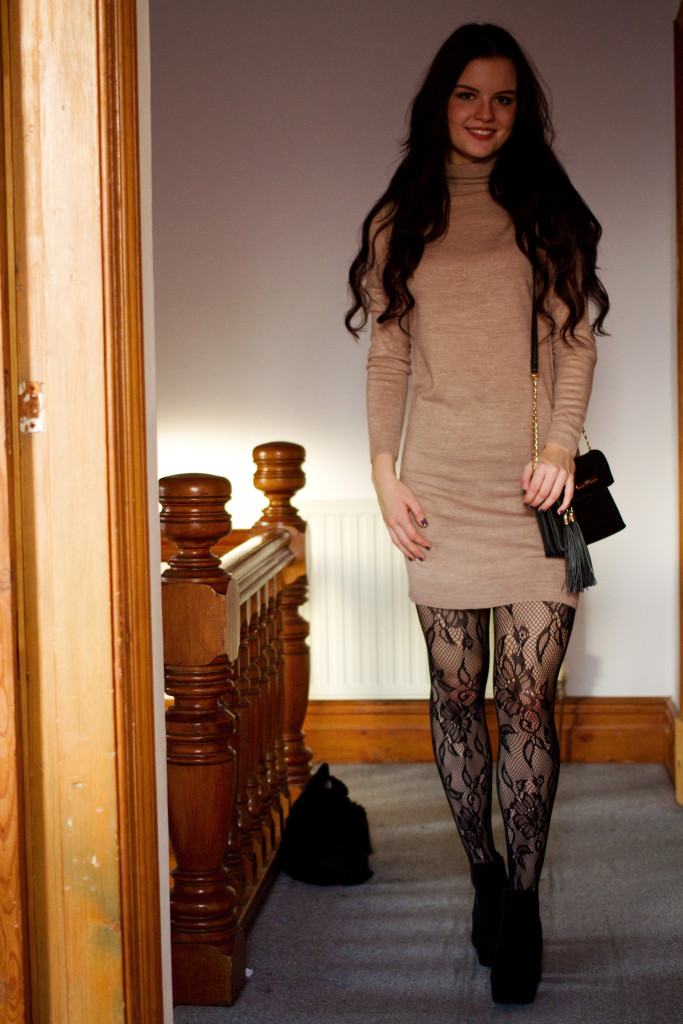 black-lace-tights