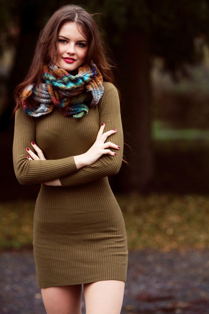 clapotis-scarf-bodycon-dress