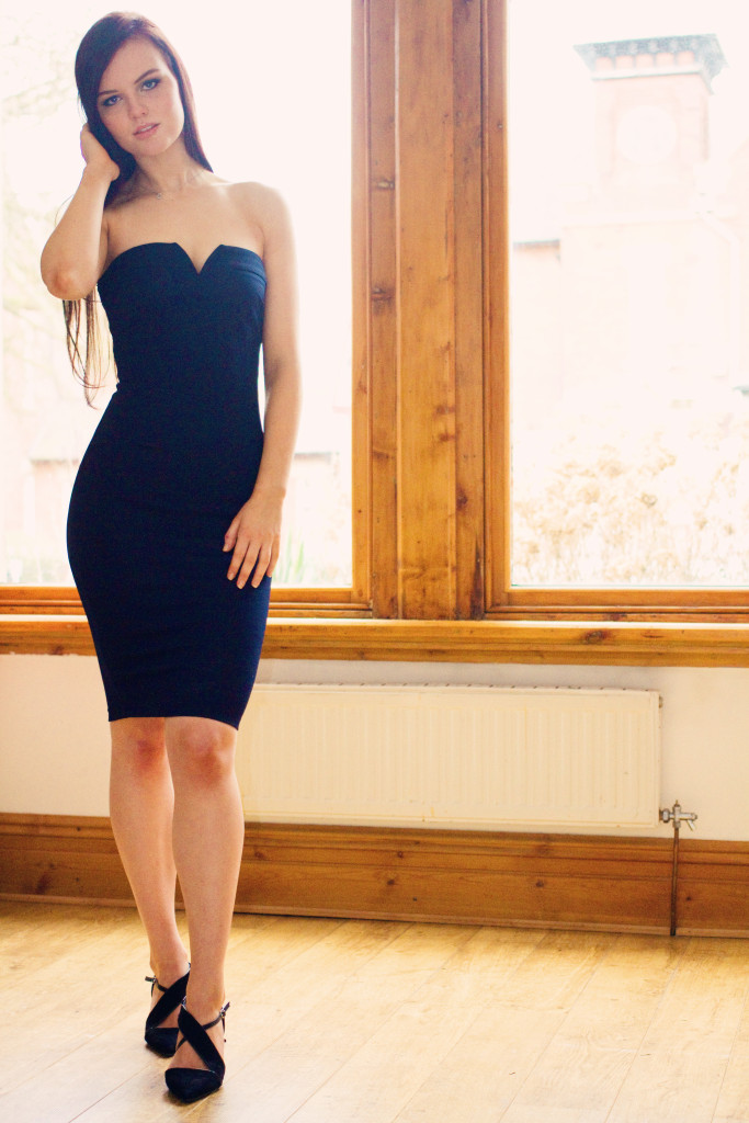 navy-axparis-dress