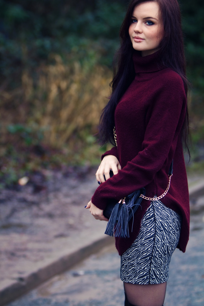 sweater-pencil-skirt-outfit