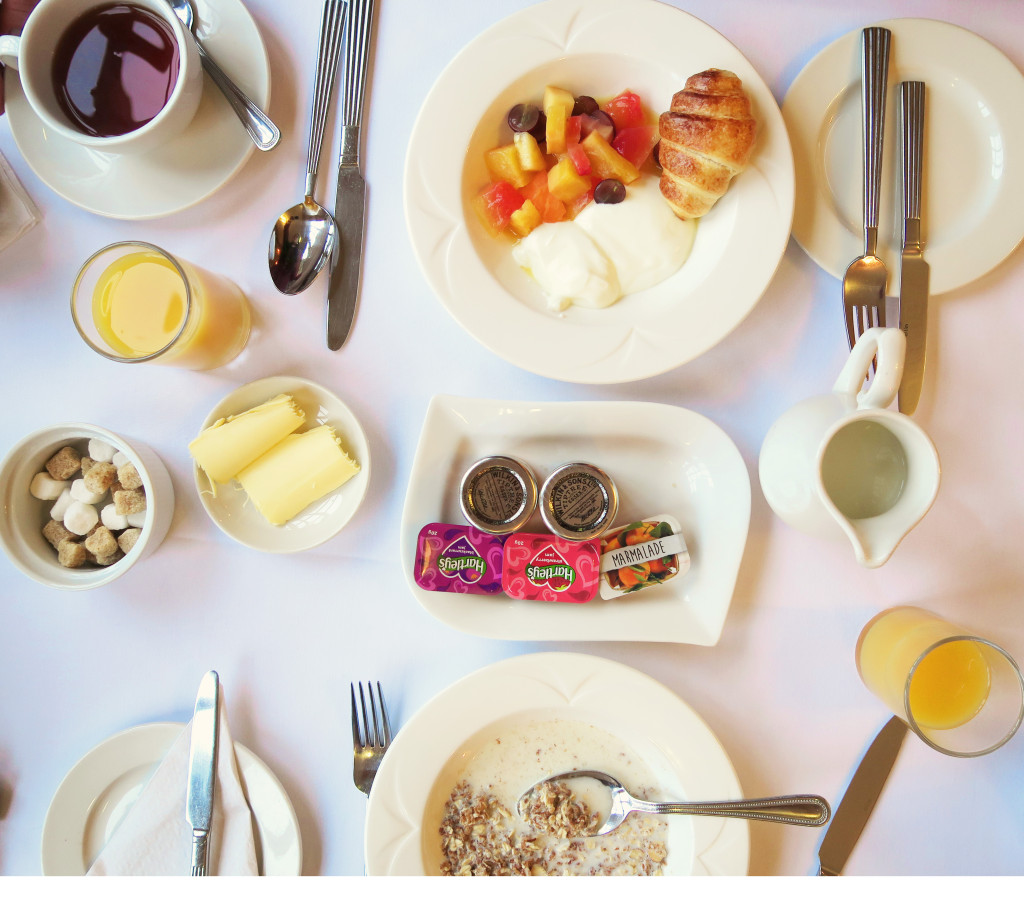 continental-breakfast-flatlay