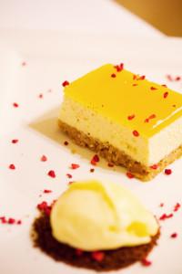 Passion fruit cheesecake and lemon ice-cream