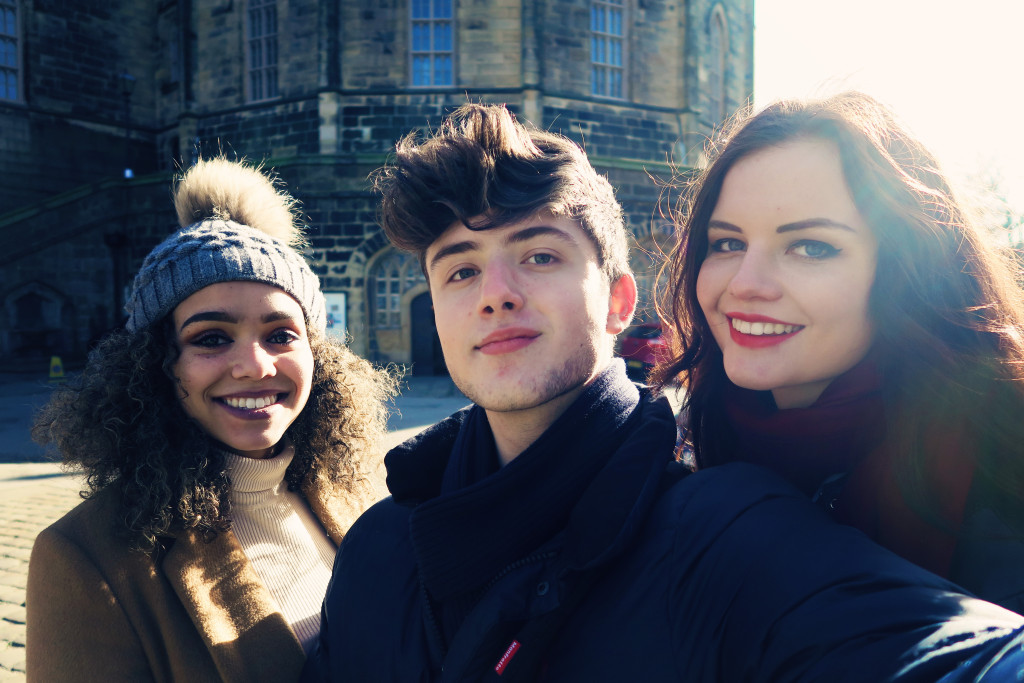 photoshoot-selfie-at-lancaster-castle