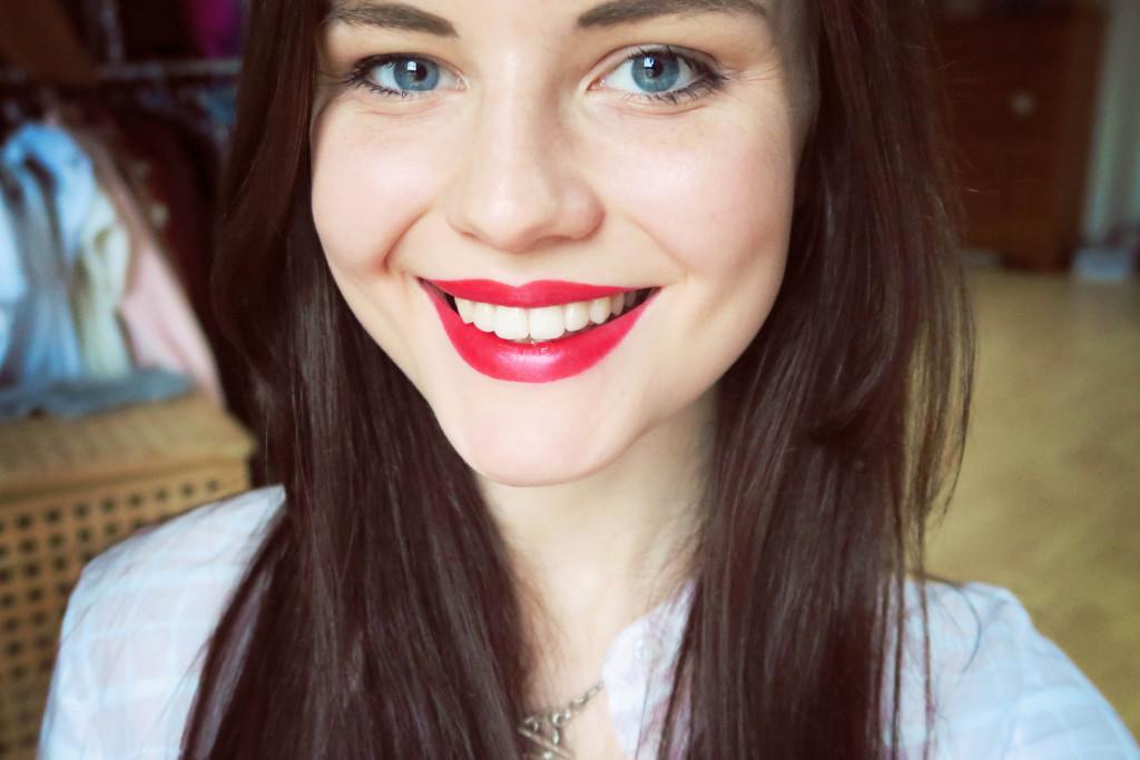 rimmel-red-lipstick