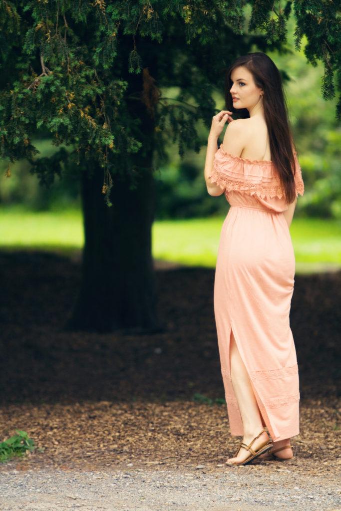 peach=dress