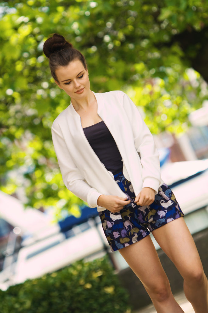 bomber-jacket-outfit