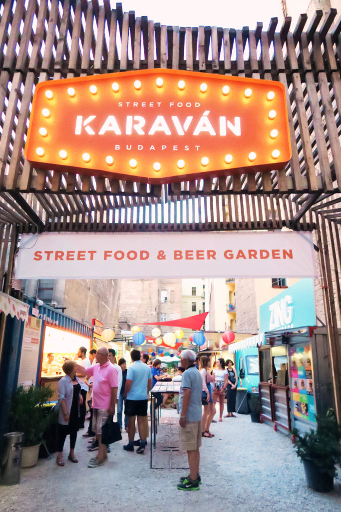 karavan-street-food-and-beer-garden