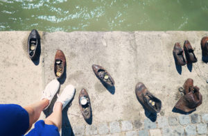 Blogger at shoes on the Danube Memorial, Budapest