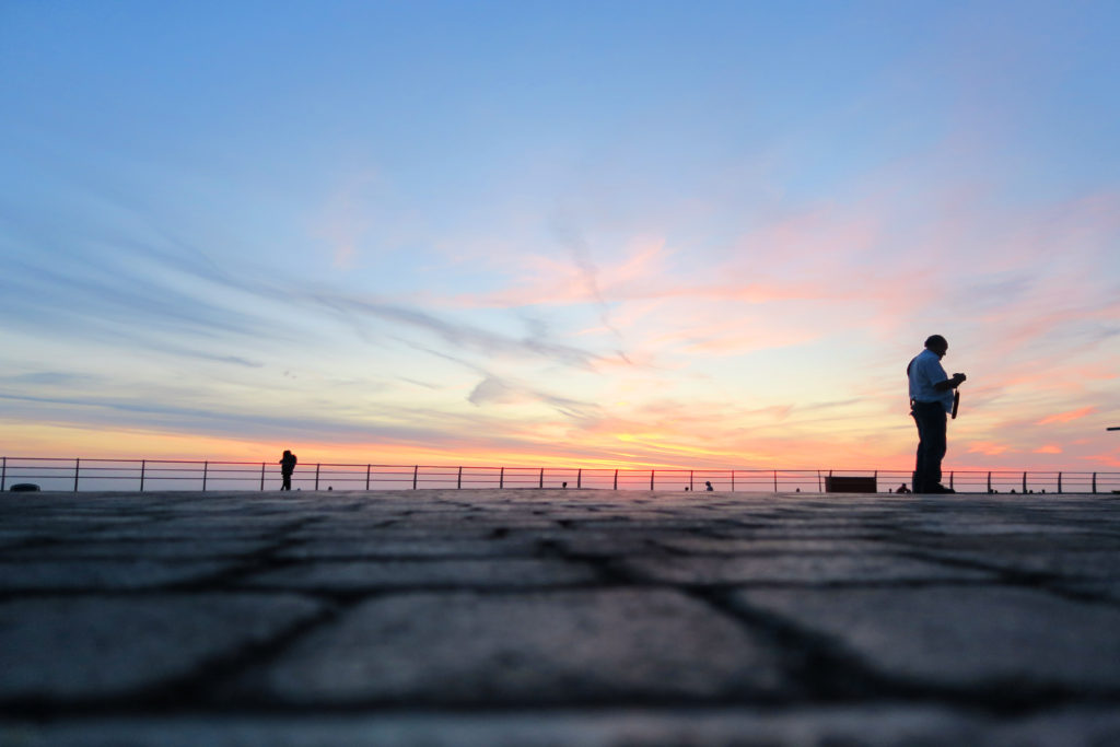 silhouettes-on-blackpool-promenade2