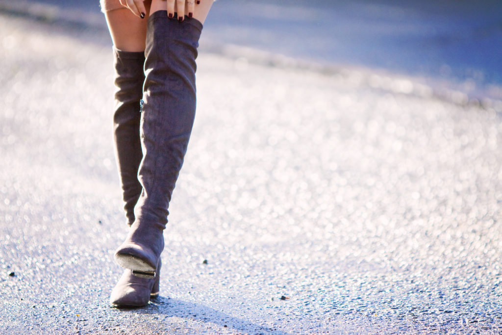 over-the-knee-grey-suede-boots