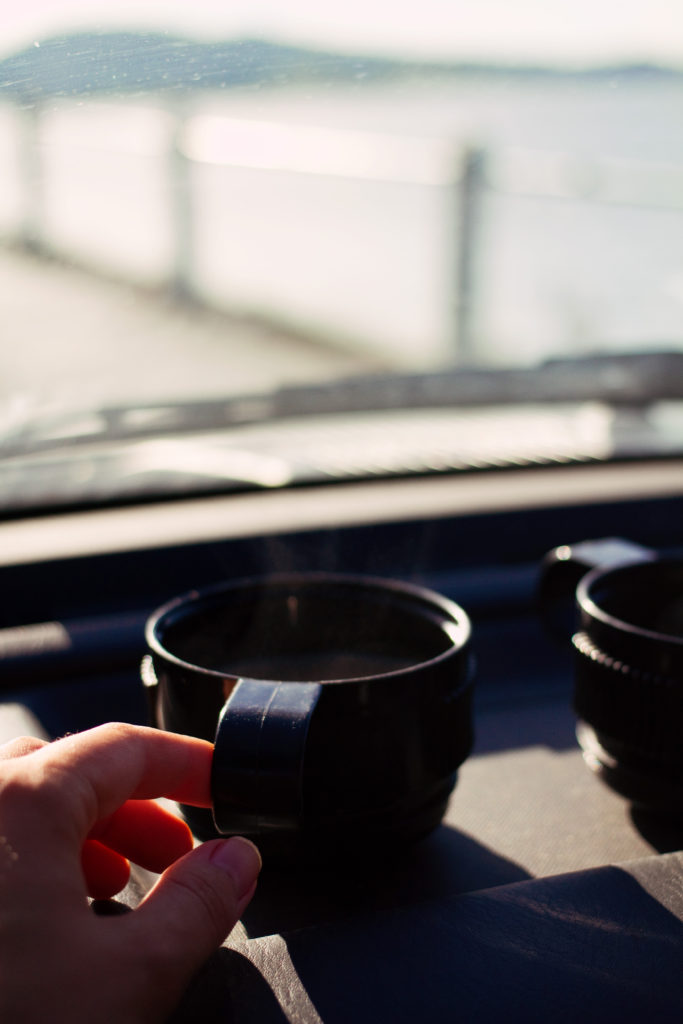 coffee-flask-in-car