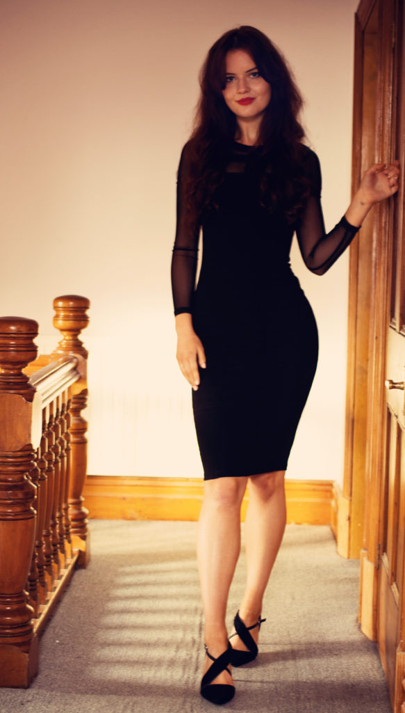 boohoo-bodycon-dress