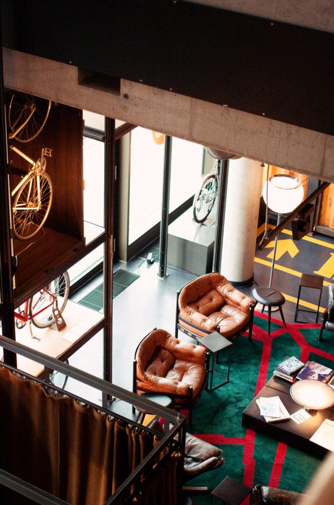 cosy-hotel-lobby